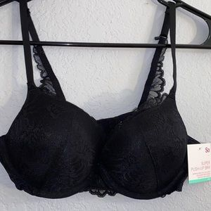 All black super push up bra